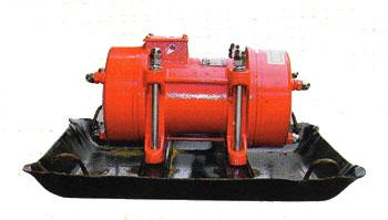 Đầm bàn chạy điện Ludi 220V (0.75KW)