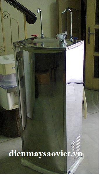 Cây nước nóng lạnh Daiwa YLR-600A lọc trực tiếp